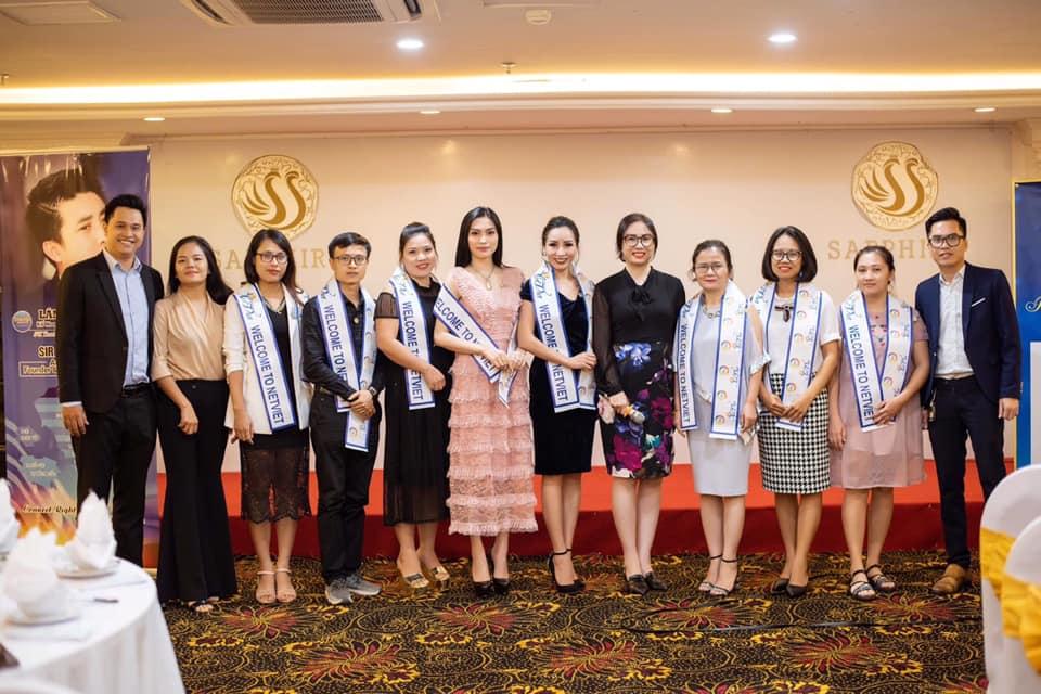 Các doanh nhân kết nạp tháng 6 của Gia đình NetViet Hà Nội và Netviet International.